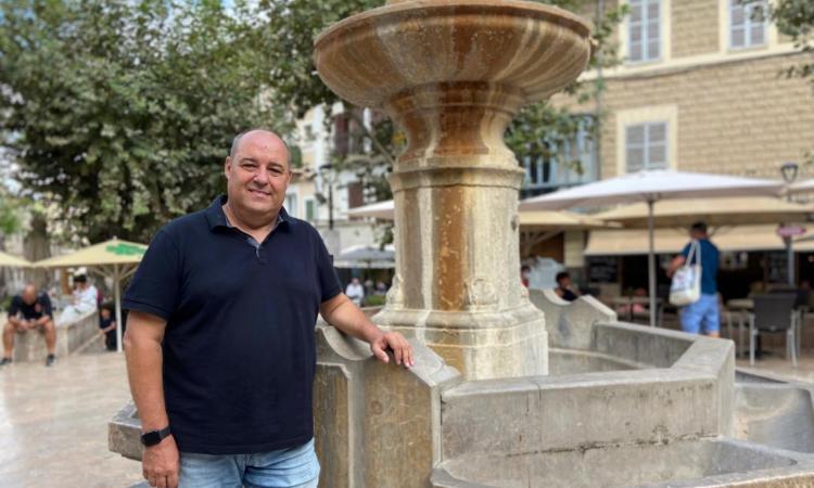 Vercher diu adéu i lamenta la manca de suport municipal