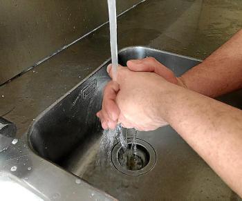 Rentar-se les mans
