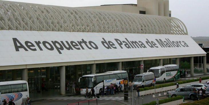 El Pi diu que la quarantena als viatgers internacionals és «positiva» per controlar la pandèmia