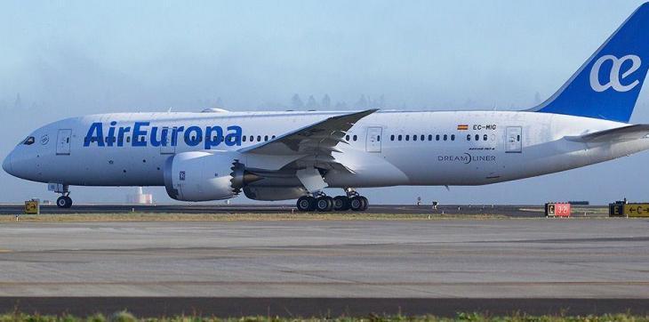 Una passatgera denuncia Air Europa per un vol Eivissa-Palma gairebé ple