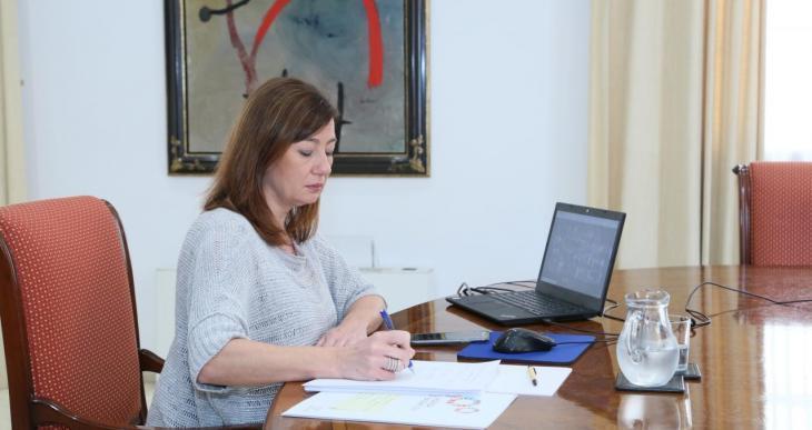 El Govern espanyol accepta la proposta d'Armengol de celebrar una conferència de presidents sobre turisme