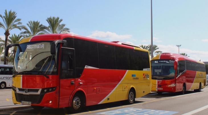 Els busos interurbans incrementen des de dilluns el servei en les línies de major demanda