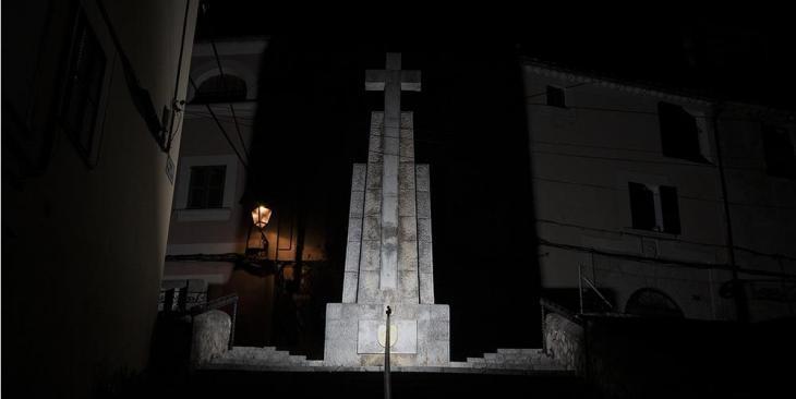 Esquerra Oberta Bunyola demana que s'esbuqui la creu franquista del municipi
