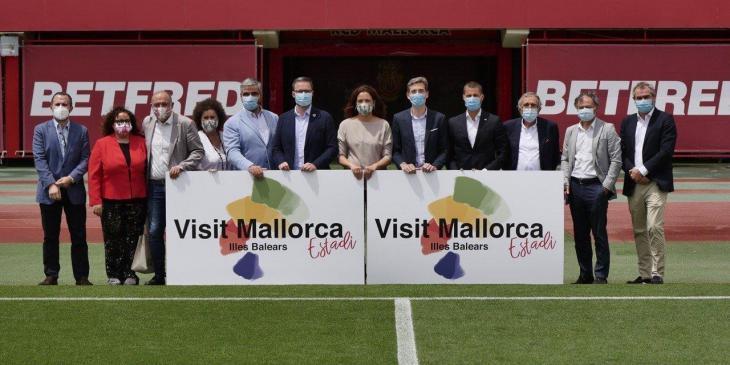 El Consell i el Reial Mallorca s'uneixen per a la promoció turística de l'illa