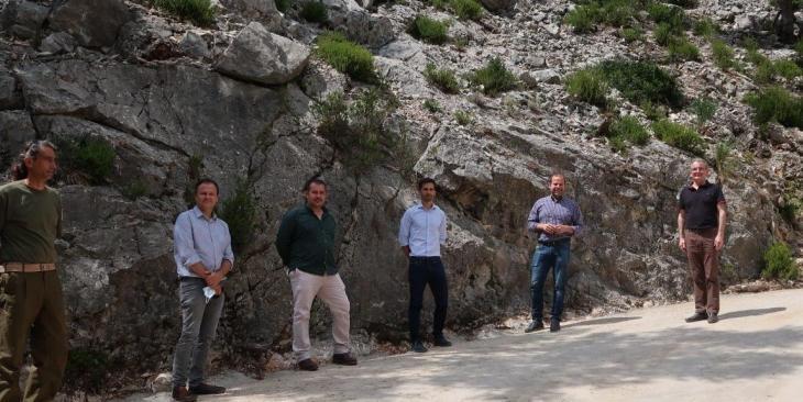 Medi Ambient prova un material ecològic i resistent a l'erosió en camins afectats per la DANA de 2019