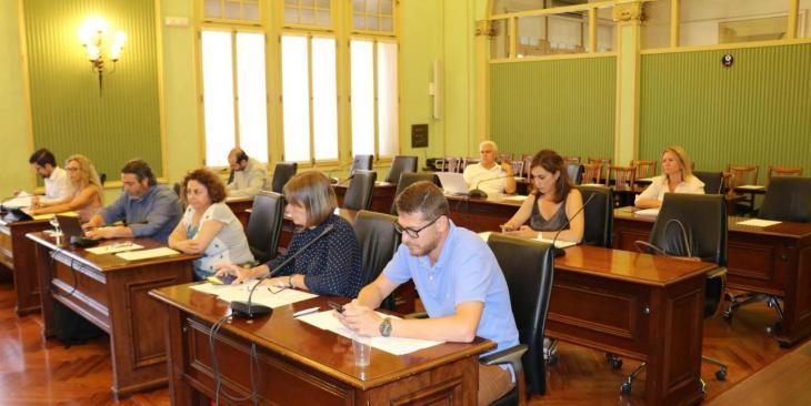 El Parlament aprova una PNL en suport a les dones pageses i ramaderes