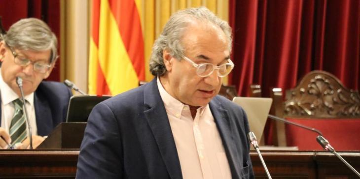 March defensa la contractació d'artistes en català davant els atacs de VOX