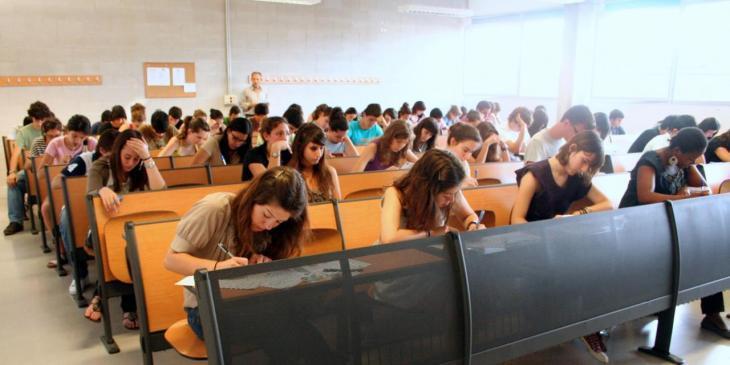 La màscara no serà obligatòria per als alumnes que s'examinin de la Selectivitat
