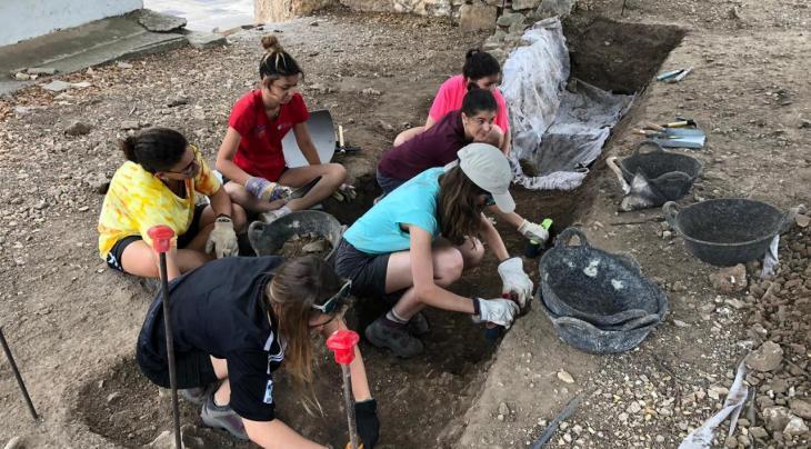 El Govern obre el termini d'inscripció als camps de voluntariat juvenil de l'IBJOVE