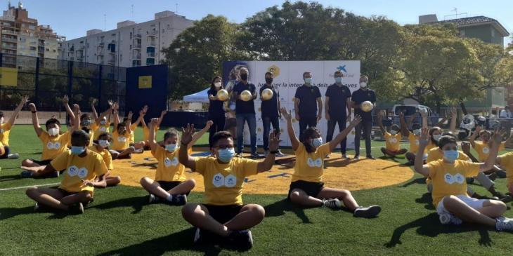 Palma inaugura el 'Cruyff Court', un camp de futbol per a promoure l'esport com a via d'inclusió social