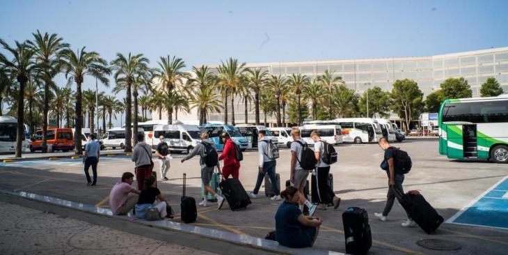 Els aeroports de les Balears registraran prop de 2.000 vols durant el cap de setmana