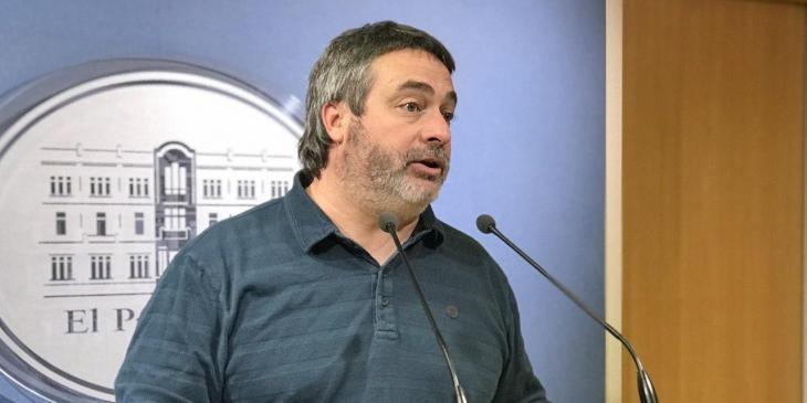 MÉS trasllada al Parlament i al Senat la pressió contra l'ús dels romanents municipals
