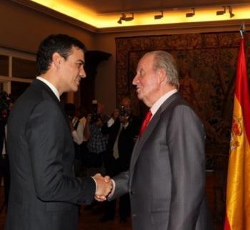 Sánchez intenta defensar la monarquia espanyola en una carta a la militància del PSOE