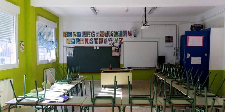 UOB ajorna la vaga de docents i emplaça Martí March a negociar