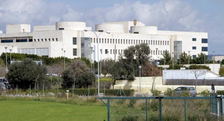 L'ASM denuncia la substitució lingüística castellanista de l'hospital de Son Llàtzer