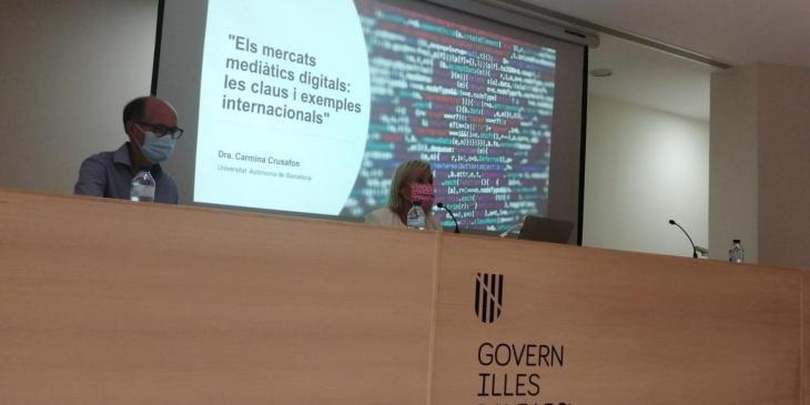 Professionals de la comunicació debaten sobre el periodisme digital a Palma