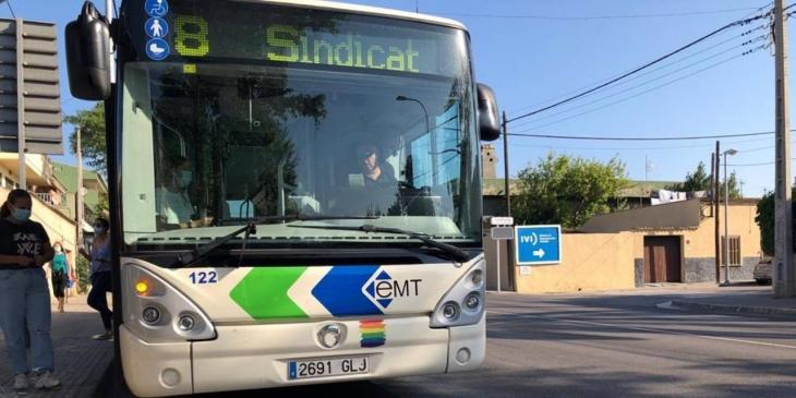 L'EMT es compromet a retornar les vacances als treballadors i recuperarà les línies vigents al març