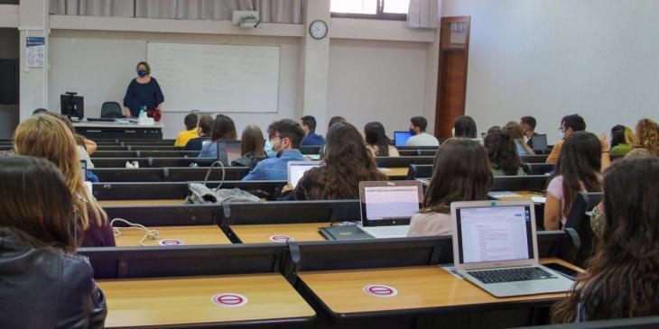 La UIB inicia el curs amb 11.359 alumnes matriculats i més de 3.000 de nou ingrés, un 6,4% més