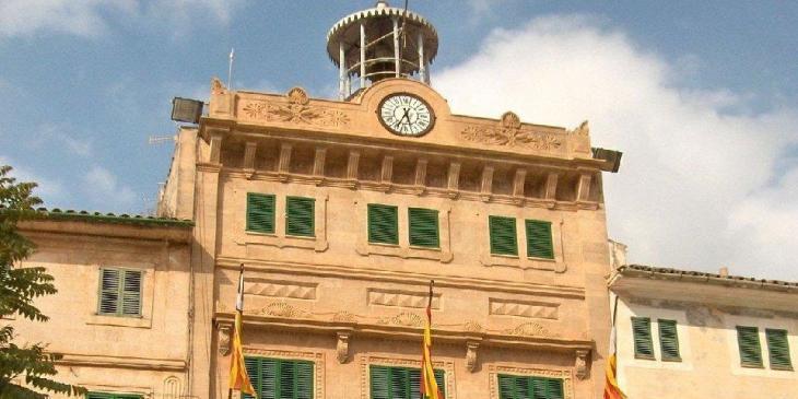 MÉS per Llucmajor expressa la seva «preocupació» perquè el batle no cobreix les regidories cessades