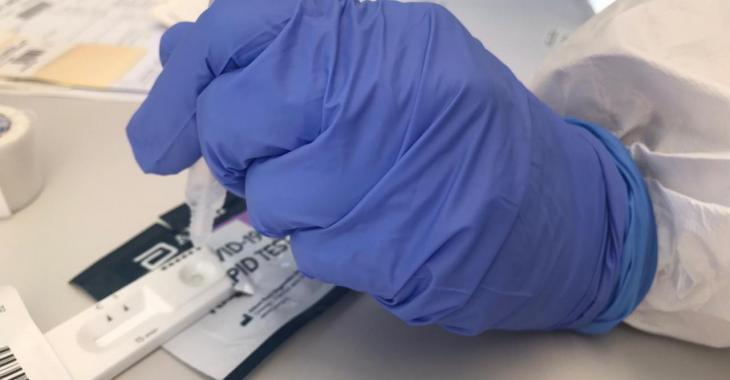 Salut comença a aplicar el test ràpid d'antígens en centres d'atenció primària de les Balears