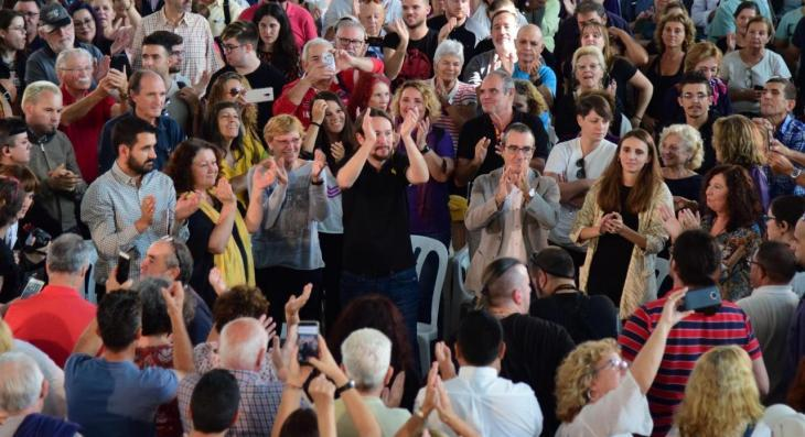 Prop de 500 persones s'inscriuen com a militants de Podemos Balears