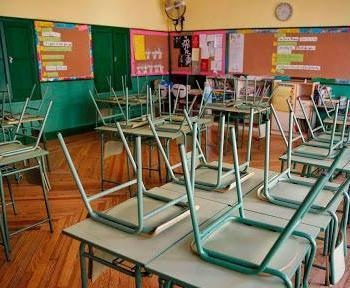 El nombre de docents positius per Covid-19 es duplica en una setmana