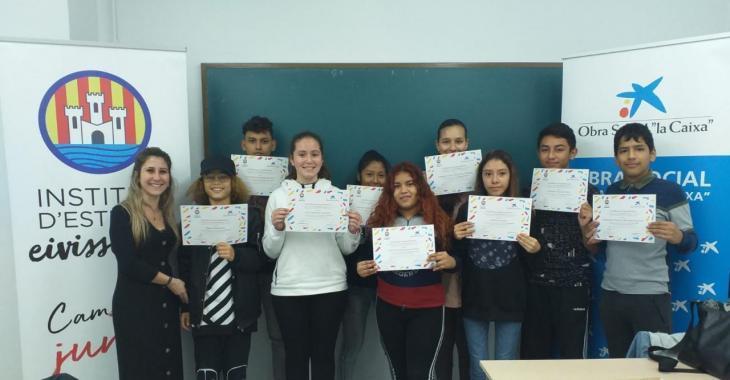 L'Institut d'Estudis Eivissencs ofereix, un any més, el curs de català per a joves nouvinguts
