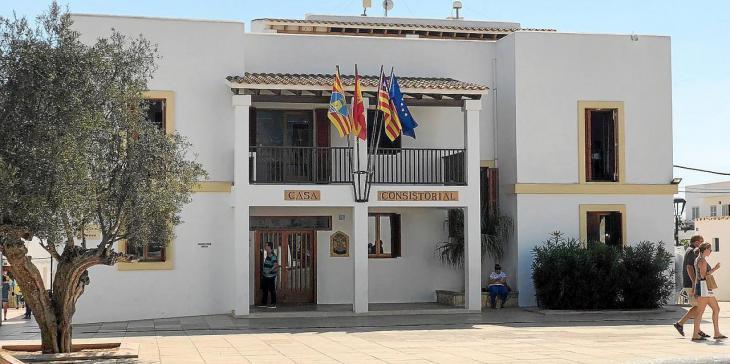 El Consell de Formentera reprèn els cursos de català per a personal sanitari i guàrdies civils