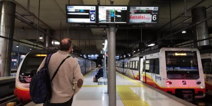 Els usuaris de metro cauen un 67% interanual al setembre i els d'autobús un 79%