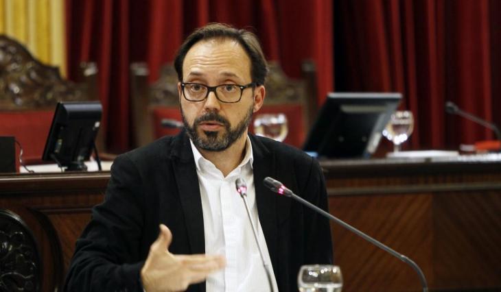 Més per Menorca: «Els doblers aconseguits per a transport públic en els Pressuposts són independents dels que puguin arribar de Madrid»