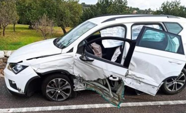 Estat del cotxe accidentat.