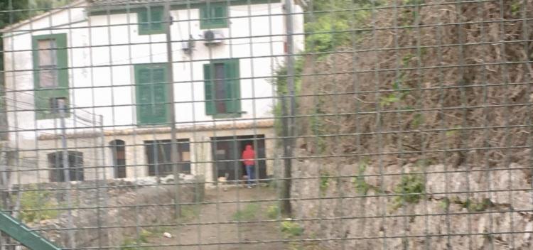 Una festa il·legal en una casa 'okupada' fa intervenir la Guàrdia Civil
